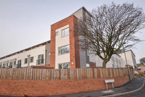 5 bedroom semi-detached house for sale - Bathley Street, The Meadows, Nottingham