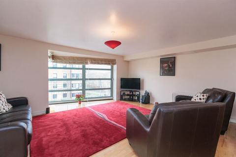 2 bedroom flat to rent - NORTH WERBER ROAD, FETTES  EH4 1TA