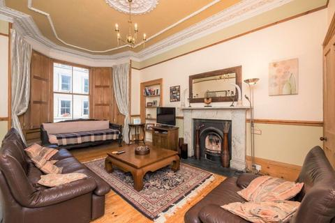 3 bedroom flat to rent - LAURISTON GARDENS, TOLLCROSS, EH3 9HJ