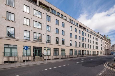 3 bedroom flat to rent - EAST FOUNTAINBRIDGE,FOUNTAINBRIDGE, EH3 9BH