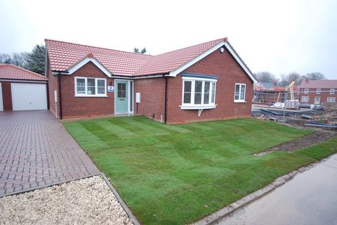 3 bedroom detached bungalow for sale - Eastfield Road, Louth