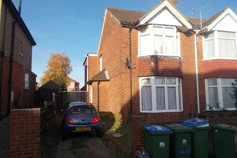 5 bedroom semi-detached house to rent - Kitchener Road, Southampton