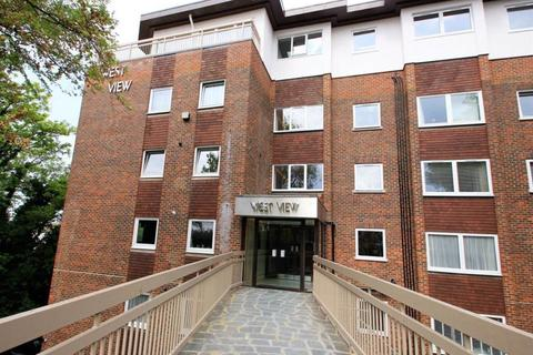 2 bedroom flat to rent - West View, The Drive, Hove