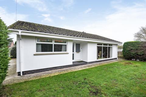 2 bedroom detached bungalow for sale - Prospect Street, Horncastle, Lincs, LN9 5AX