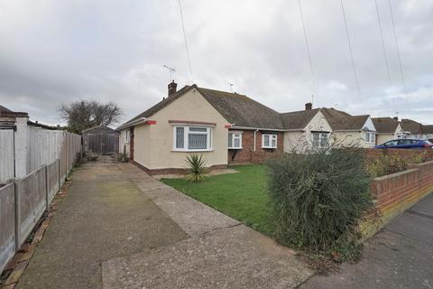 2 bedroom semi-detached bungalow for sale - Lancaster Gardens, Birchington CT7
