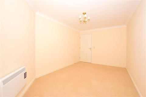 2 bedroom flat for sale - Harold Road, Cliftonville, Margate, Kent