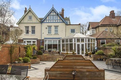 5 bedroom semi-detached house for sale - Moorside North, Fenham