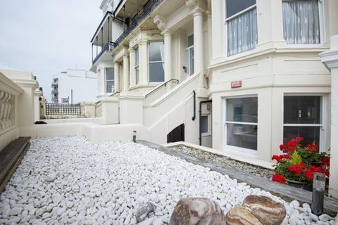 2 bedroom apartment to rent - KIngsway, Hove BN3 4GL