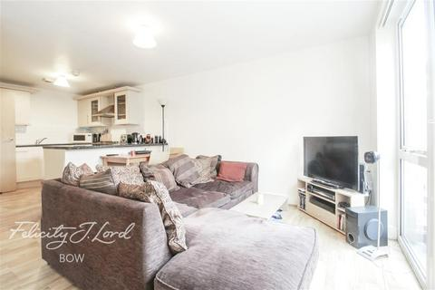 1 bedroom flat to rent - Barberry Court, E15