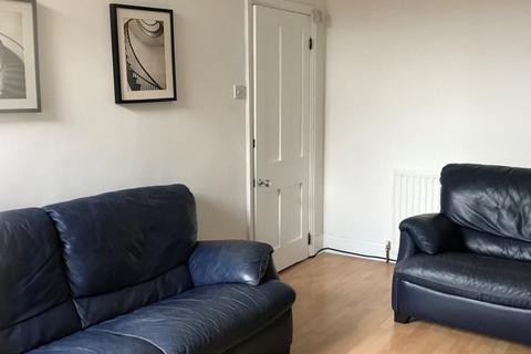 3 bedroom flat to rent - Lonsdale Terrace, Jesmond, Newcastle upon Tyne NE2