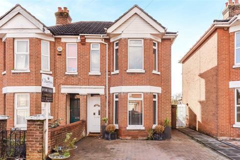 3 bedroom semi-detached house for sale - Radstock Road, Southampton, Hampshire, SO19