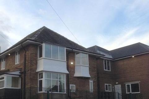 2 bedroom flat to rent - coburg house, bradford BD10