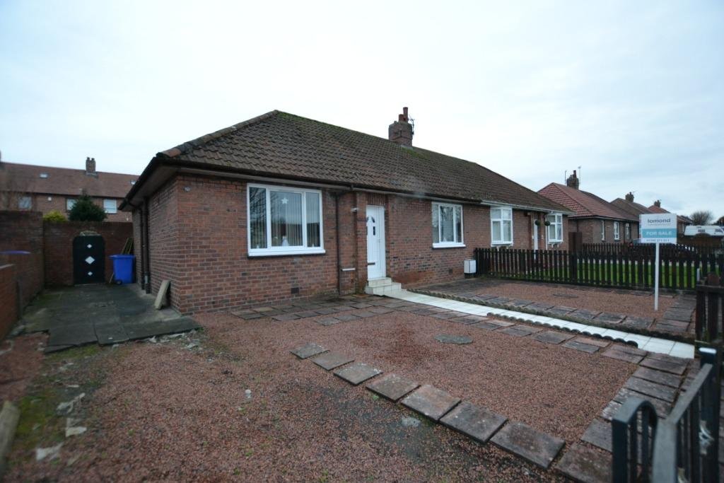 3 Bedrooms Bungalow for sale in Whitletts Road, Ayr, South Ayrshire, KA8 0LB
