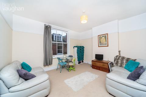 3 bedroom apartment to rent - Eaton Grove, Hove, BN3