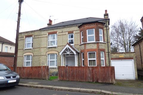 2 bedroom flat to rent - Woodville Road, High Barnet, Herts, EN5