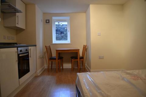 Studio to rent - F6a 51, Richmond Road, Roath , Cardiff , South Wales, CF24 3AR