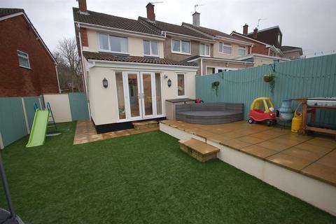 3 bedroom end of terrace house for sale - Battens Lane, St George, Bristol, BS5 8TG