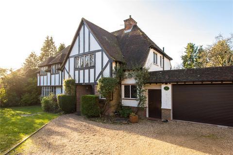 5 bedroom detached house to rent - Hill Waye, Gerrards Cross, Buckinghamshire