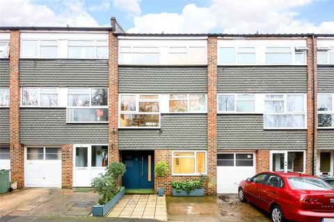 3 bedroom terraced house for sale - Normington Close, London, SW16