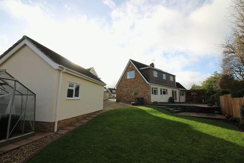 3 bedroom detached house for sale - Priory Gardens, Easton-In-Gordano