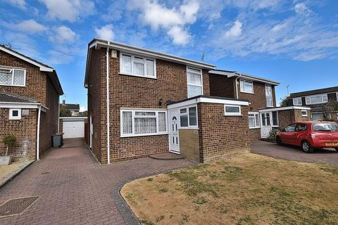 3 bedroom detached house to rent - Green Lane, Kensworth
