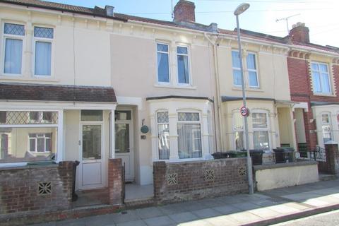 3 bedroom terraced house to rent - Bosham Road, Portsmouth