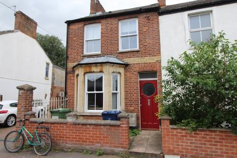 4 bedroom terraced house to rent - Temple Street, Oxford