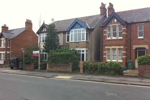 4 bedroom terraced house to rent - Windmill Road, Oxford