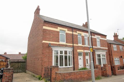4 bedroom semi-detached house to rent - Salters Lane North, Darlington