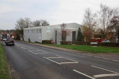 Industrial unit to rent - Unit 9-10, Ballingdon Hill, Sudbury, Suffolk