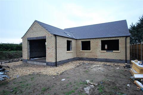 3 bedroom detached bungalow for sale - Broadgate, Weston Hills, Spalding