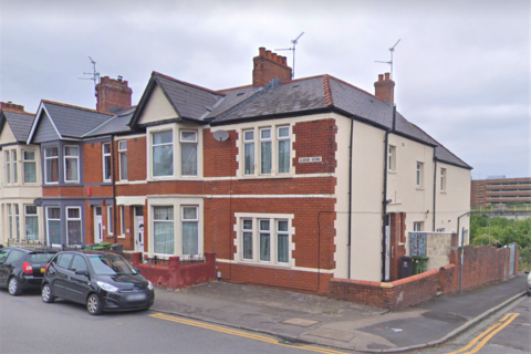 4 bedroom end of terrace house for sale - Clodien Avenue, Cardiff, CF14