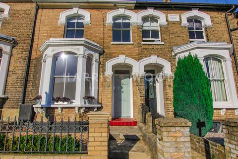 3 bedroom terraced house for sale - Creffield Road, Colchester, CO3