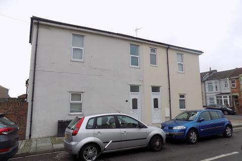 2 bedroom flat to rent - Bedhampton Road, Portsmouth, Hampshire