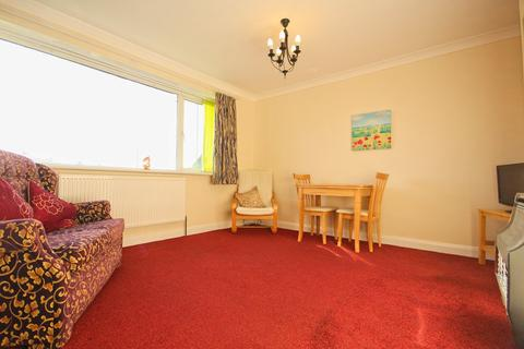2 bedroom apartment for sale - Kingston Road, Willerby, Hull, HU10