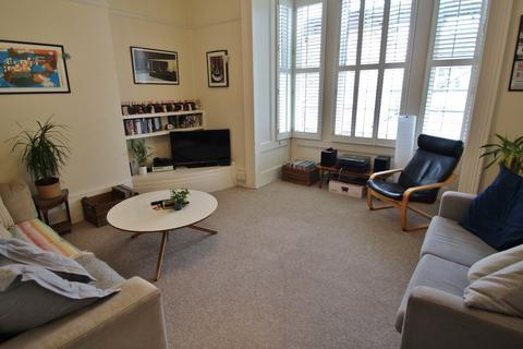 2 bedroom property to rent - Ventnor Villas, Hove, BN3
