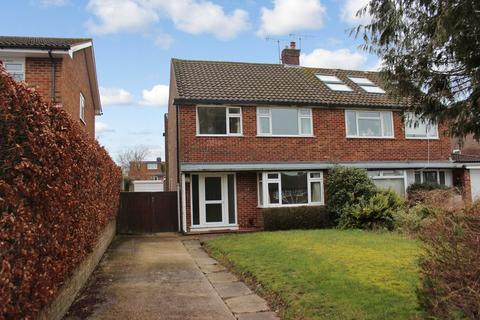 3 bedroom semi-detached house to rent - Hillside Road, Winchester, SO22