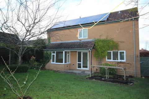 4 bedroom detached house to rent - Warwick Road, Keynsham