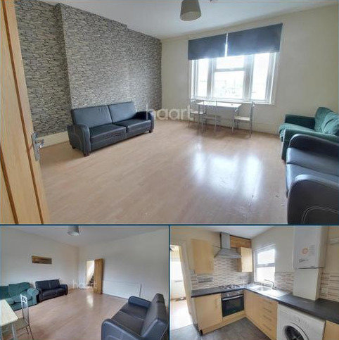 3 bedroom flat to rent - High Road Leytonstone, E11