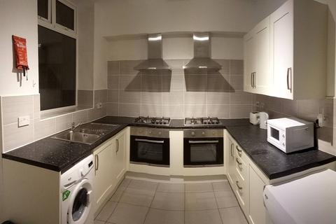 6 bedroom house share to rent - Tilbury Street, Oldham,
