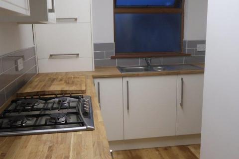 1 bedroom flat to rent - Church Road, Flat Above The Fish Called Rhondda, Ton-pentre