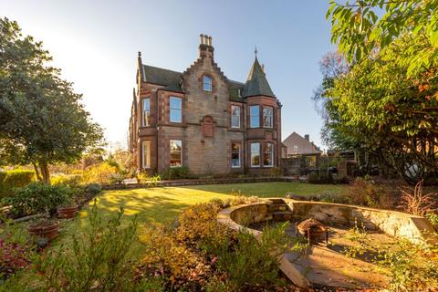 6 bedroom end of terrace house for sale - 1 Gordon Terrace, Edinburgh, EH16 5QH