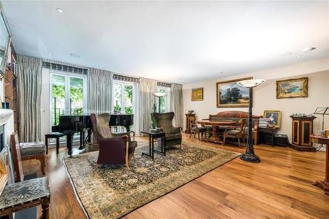6 bedroom house to rent - Cheyne Place, London. SW3