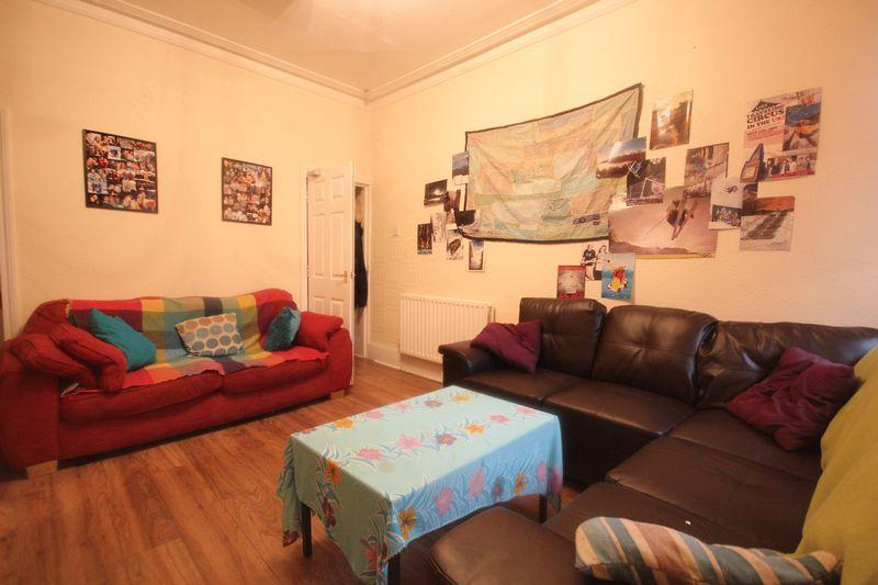 5 Bedrooms Terraced House for rent in Pearson Terrace, Hyde Park