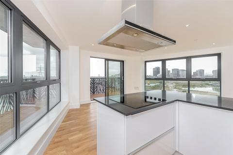 3 bedroom apartment for sale - Cityview Point, 139 Leven Road, Poplar, E14