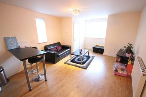 2 bedroom apartment to rent - Edwin Road, Hyde Park