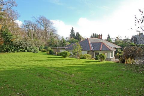 3 bedroom detached house for sale - Drws Y Coed, Criccieth, North Wales