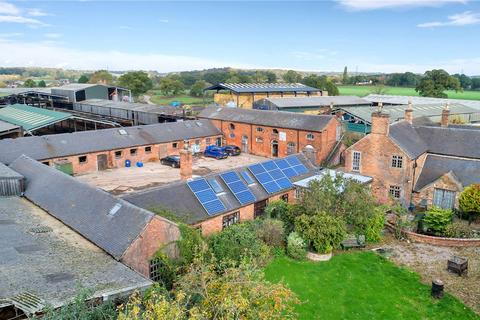 Farm for sale - Burton-On-Trent, Staffordshire