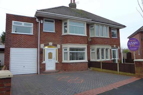 4 bedroom semi-detached house for sale - Springfield Drive