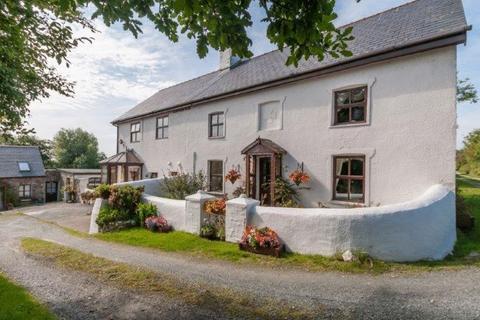 4 bedroom country house for sale - Llandyfrydog, Llannerch-Y-Medd